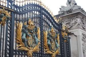 buckingham_gates