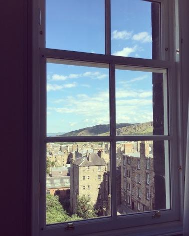 edinburgh_hotel_window