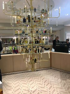 perfume_chandelier