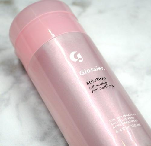 glossiersolutionexfoliatingskinperfecter2